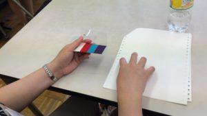5色のカスタマイズパレットを触る生徒さん